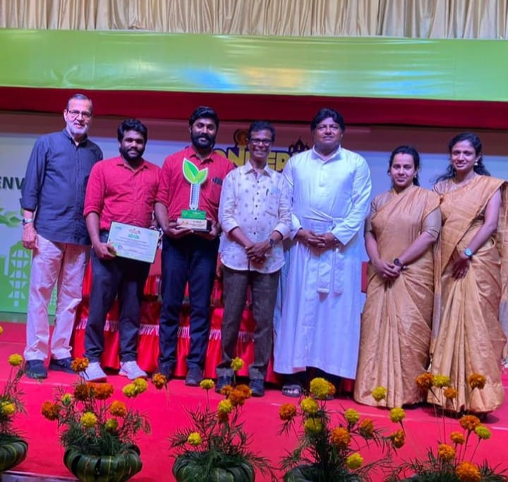 KE Carmel receiving the third prize in Environment and Enrergy Conservation Awards 2019 from the Malayalam Best Actor Shri. Indrans along with Kochous